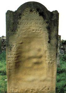 Διάβρωση  ταφόπετρας από όξινα αποθέματα