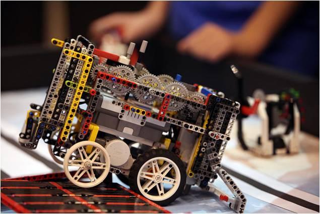 Εργαστήριο Ρομποτικής - The Pluto Project